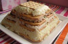 Салат: галеты с печенью трески