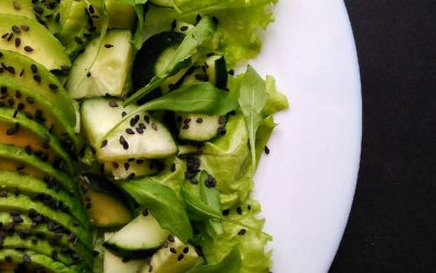 Салаты из авокадо: 5 интересных рецептов