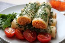 Закусочные сырные трубочки: 4 рецепта