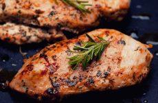 Как пожарить куриную грудку: 5 рецептов
