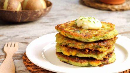Кабачковые оладьи: 8 лучших рецептов