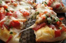 Быстрое тесто для пиццы: 2 рецепта: с дрожжами и без