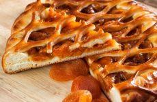 Пирог с курагой: 10 лучших рецептов