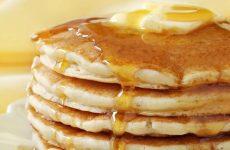Пышные блины на кефире: 10 рецептов