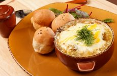 Картофельная бабка: 7 сытных рецептов