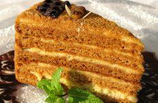 Медовый пирог: 8 сладких рецептов
