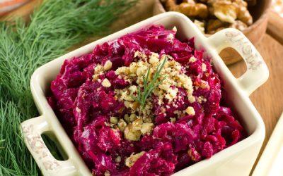 Салат из свеклы с чесноком: 10 витаминных рецептов