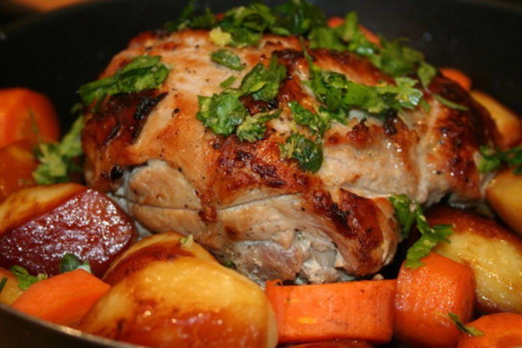 Свинина на новый год в духовке рецепт с