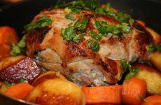 Жаркое из свинины в духовке: 7 рецептов+бонус