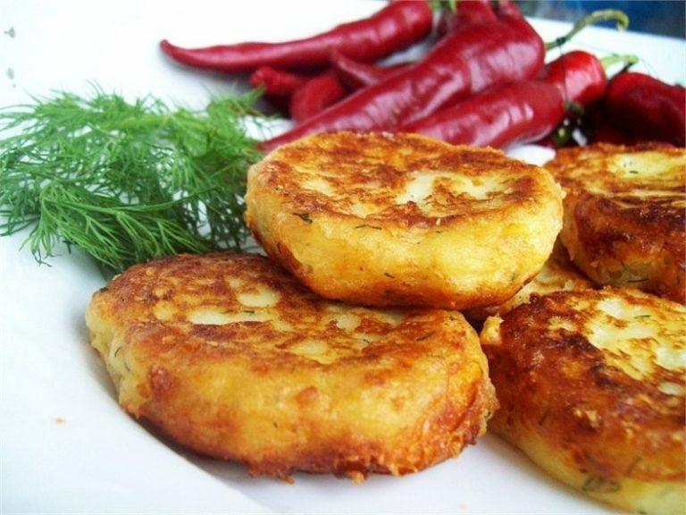 Котлеты из картофельного пюре с сыром рецепт пошагово