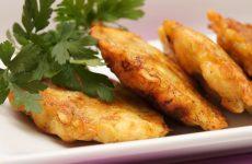 Куриные оладьи: 10 вкусных рецептов