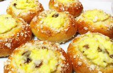 Булочки с творогом: 7 рецептов к завтраку