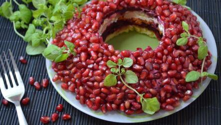 Салат Гранатовый браслет: 8 вкусных рецептов