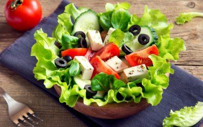 Греческий салат: 9 рецептов с брынзой