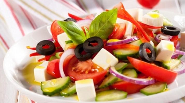 Греческий салат с фетаксой рецепт с фото