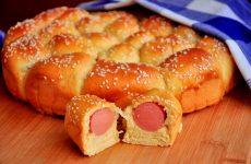 Пирог с сосисками: 7 простых рецептов