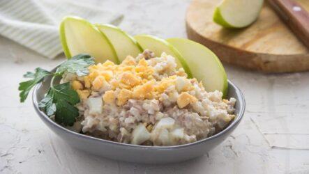 Салат из печени трески с яйцами: 8 лучших рецептов