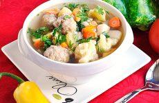 Суп с тефтелями: 7 рецептов к обеду