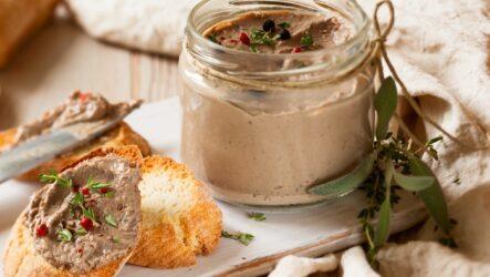 Печеночный паштет из куриной печени: 8 ароматных рецептов