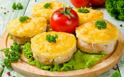 Курица с грибами и ананасами: 7 отличных рецептов