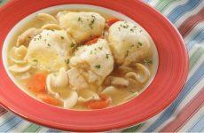 Клецки для супа из муки: 6 простых рецептов