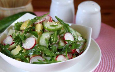 Салат с редисом и огурцом: 8 хороших рецептов