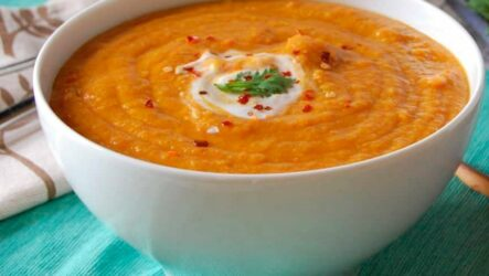 Суп из красной чечевицы: 8 ярких рецептов