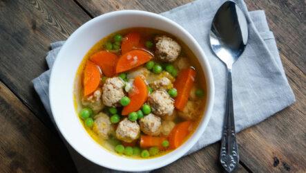 Суп с куриными фрикадельками: 8 легких рецептов