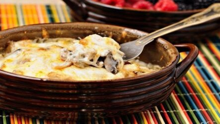 Жульен с курицей в духовке: 7 простых рецептов