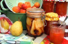 Груши в сиропе на зиму: 7 ароматных рецептов