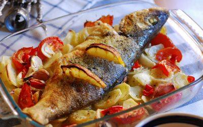 Сибас в духовке: 8 королевских рецептов