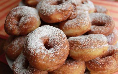 Пончики из творога: 7 простых рецептов