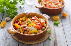 Рагу с курицей: 9 сытных рецептов