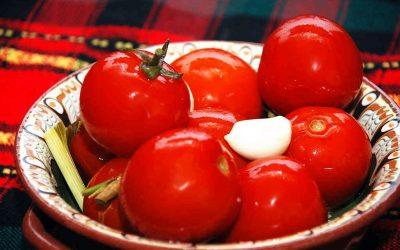 Квашеные помидоры на зиму: 7 простых рецептов