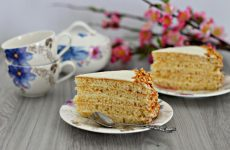 Торт Молочная девочка: 8 праздничных рецептов