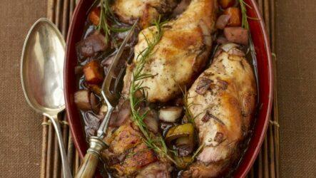 Кролик в вине: 8 рецептов на праздничный стол