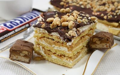 Торт Сникерс: 8 рецептов + бонус