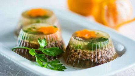Заливное с желатином: 8 легких рецептов