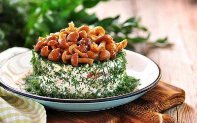 Мужской салат с грибами: 8 сытных рецептов