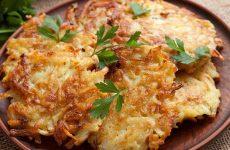 Драники на сковороде: 7 отличных рецептов