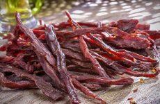 Вяленое мясо в домашних условиях: 6 классных рецептов