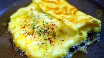 Яичница с сыром: 8 отличных рецептов