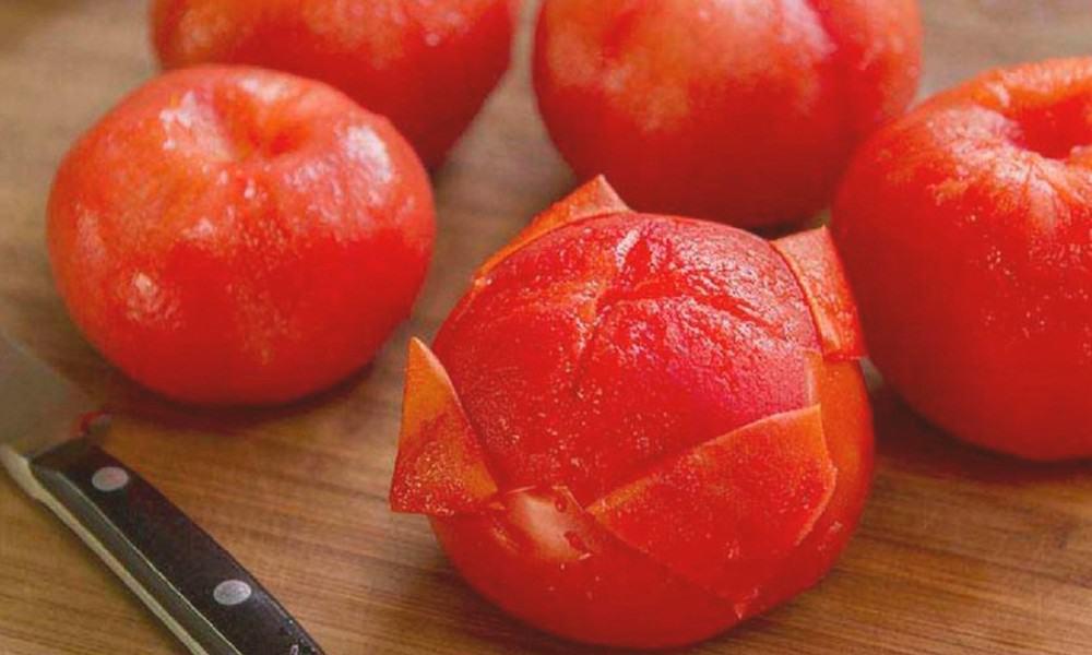 Как снять кожуру с помидора