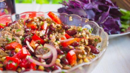 Вкусный грузинский салат с оригинальной заправкой — 7 рецептов