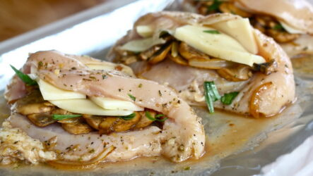 Сочная куриная грудка с грибами — 8 лучших рецептов приготовления