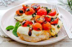 7 рецептов, как приготовить куриные грудки с сыром и помидорами