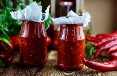 Острая и сладкая аджика из перца — 6 восхитительных рецептов