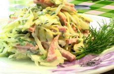 Салат с колбасным сыром — 7 рецептов, как приготовить вкусно и интересно