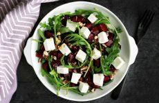 Салат из свеклы с сыром— 8 витаминных полезных рецептов