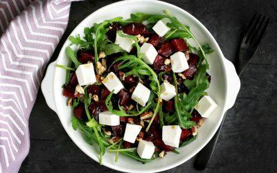 Салат из свеклы с сыром — 8 витаминных полезных рецептов